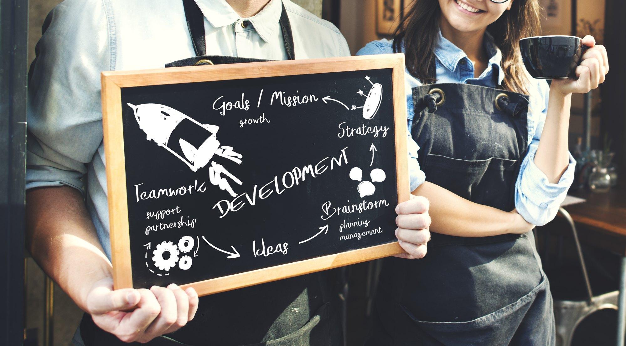 Offline Marketing Ideas for Restaurant Owners